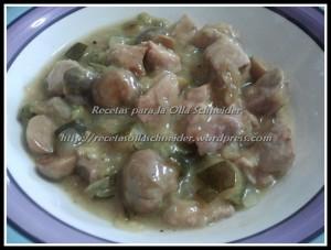 cerdo guisado con verduras a la soja