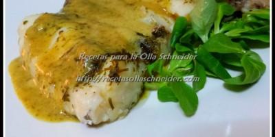 Merlulza al vapor con salsa verde