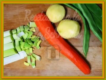 Recetas Olla Schneider crema de verduras y pollo